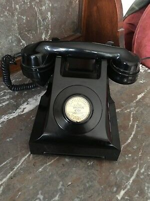 A Lovely Vintage 1957 Bakelite Black GPO 332 CB converted and working