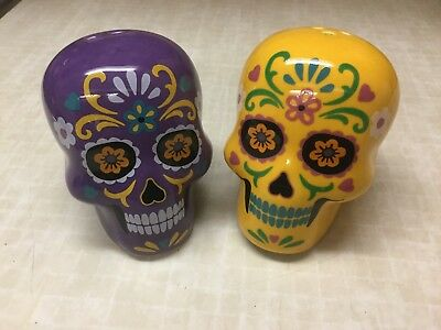Sugar Skull Day of the Dead Salt and Pepper Set New in Box