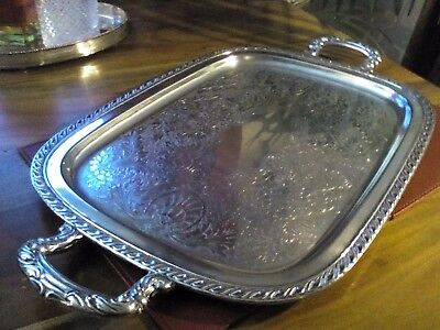 A Vintage Silver Plated Twin Handled Large Tray - Oneida