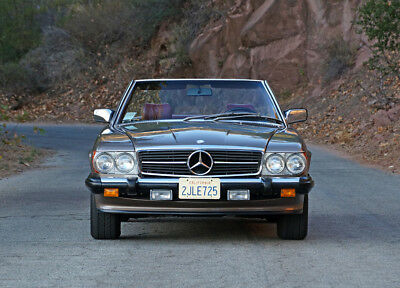 1987 Mercedes-Benz SL-Class 2 Door Convertible 1987 Mercedes-Benz 560SL - Immaculate, 21k Original Miles, Mechanically Strong