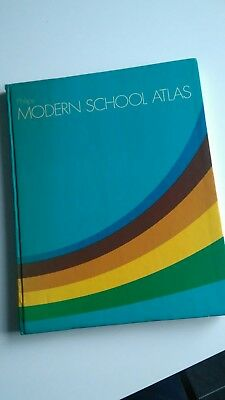 Vintage Philips MODERN SCHOOL ATLAS published 1978 book