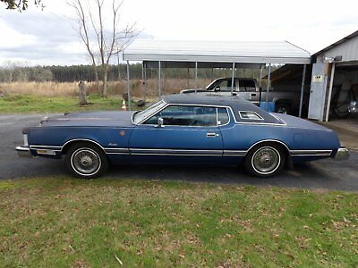 1975 Ford Thunderbird 4 barrel carb 1975 Ford Thunderbird Base Hardtop 2-Door 7.5L 460 ci 4 barrel 750 cfm edelbrock