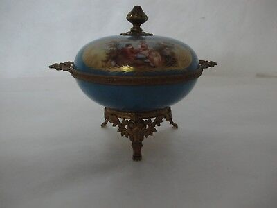 Beautiful Lidded Sevres Porcelain Bowl W/ Young Lovers Pictured & Artist Signed