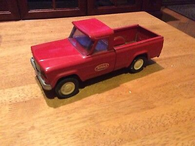 Vintage Tonka Red Jeep Pickup Truck Drop Tailgate USA 1960's