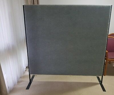 freestanding office partitioning 2 panels available