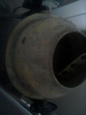 Cement mixer, standard home plug, electric