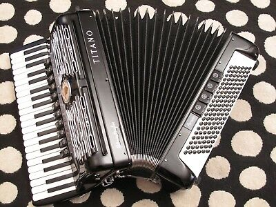"""Titano """"parade"""" 4/5 Accordion/accordian, Shipped 78 To Brazil Reeds Have No Rust"""