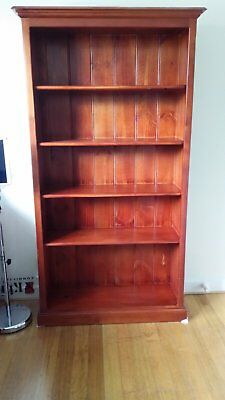 Large 5 shelf solid pine timber wood Bookcase/Book Shelves