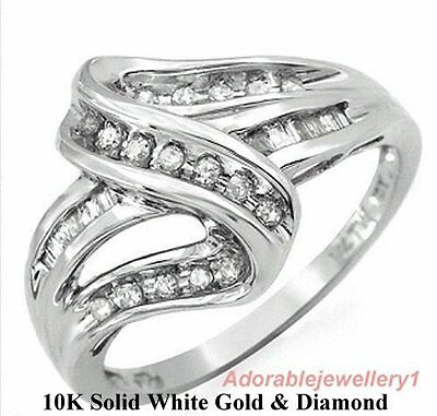 Fantastic 10K Solid White Gold Ring / 29 Clean Round Diamonds .25ctw. Size 7.25