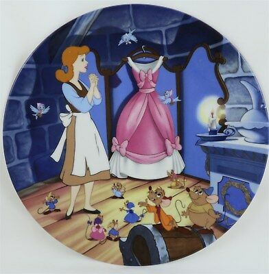 """1989 Knowles Disney Series Collectible Plate """" A Dress For Cinderelly"""" 8.5"""""""