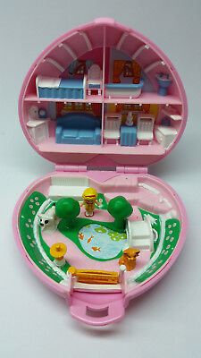 Vintage Polly Pocket Country Cottage - Complete and in excellent condition. 1989