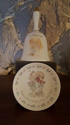 """Precious Moments A Wedding Prayer Bell & 4"""" Happy Anniversary Mom and Dad plate"""
