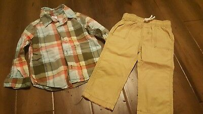 Lot of 2 Boys Long Sleeve/Long Pants Size 24 Months from Carters