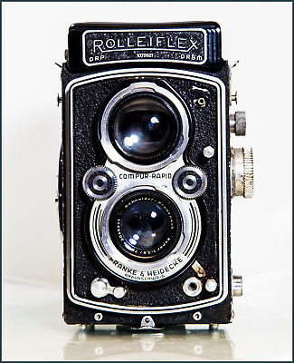 ROLLEIFLEX CAMERA with 3.5 XENAR LENS, 6X6 MEDIUM FORMAT TLR
