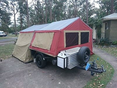 Camper Trailer Soft Floor with Oztrail 375 Outer Ridge Deluxe