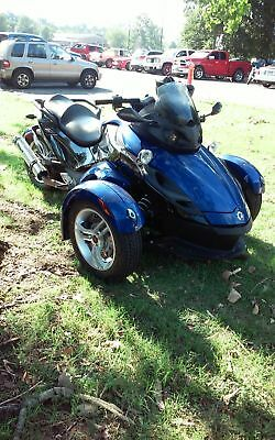 2009 Can-Am spyder rs  2009 can am spyder rs