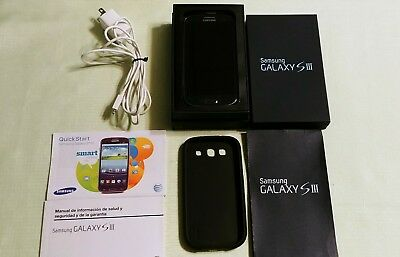 Samsung s3 16gb Blue At&t with Box and hard rubber case