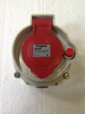 BS4343 Red Switched/ Interlocked Socket  16A 3Pole+ E - 400v
