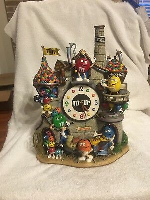 Rare! Delightful The Danbury Mint M&M's Chocolate Factory Castle ClockPre Owned