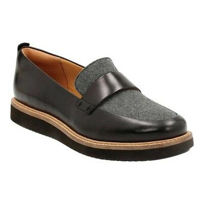 Clarks Women's   Glick Avalee Loafer Grey Textile/Black Leather Combination Size