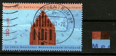 077) 2195 f 7 (Strich links unten am Eingangtor) o