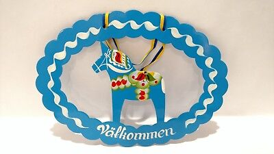 """SWEDISH DALA HORSE Hand Painted """"Valkommen"""" Welcome Sign by Grannas Olssons"""