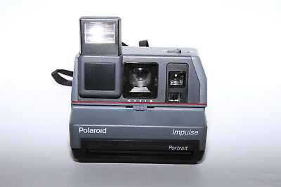 Polaroid Impulse Portrait Instant Film Camera - TESTED - Polaroid Originals 600