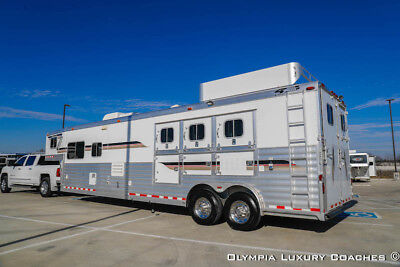 2006 4-STAR 3 Horse Outlaw Living Quarters 16ft SW