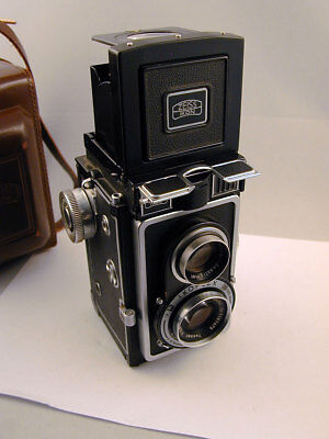 Zeiss Ikon Ikoflex 1c Twin Lens Reflex - Carl Zeiss Tessar Lens - With Case