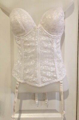 VINTAGE Carnival 38C White Lace Corset Bustier+Garters USA Union Made Lingerie