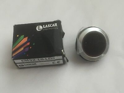LASCAR LED Voltmeter EM32-1B-LED - Round Hole Mounting
