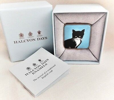 Halcyon Days ENAMEL BOX Chrissy Wilson Blk+Wht KITTEN/CAT On Blue  MINT NW/COA