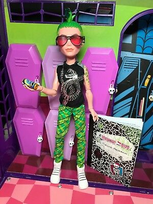 Monster High Doll - Deuce Gorgon - Manster Pack - Great Condition
