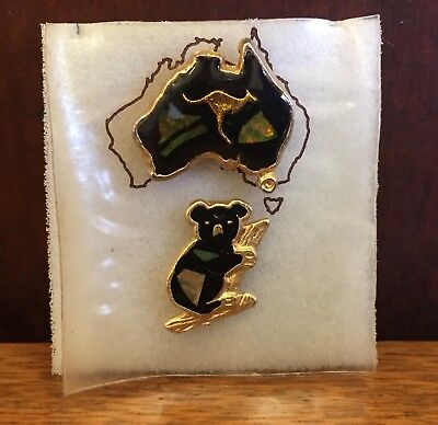 Set of 2 Vintage Australiana Brooches with Opal Chips