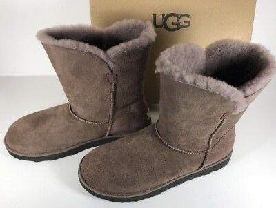 acb53c26b2c UGG CLASSIC CUFF Short Size 11 Stormy Grey Gray 1016418 Sheepskin Suede  Boots