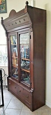 Antique Early 19th Century SOUTHERN AMERICAN Carved Walnut Library Bookcase