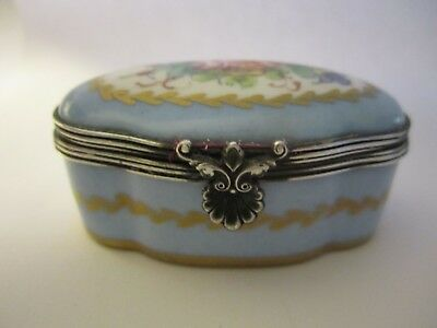 Vintage Signed Hand Painted LIMOGES FRANCE Hinged Trinket Box