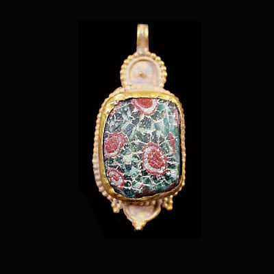 Roman-Egyptian Glass set in modern 15ct gold as pendant. x5749