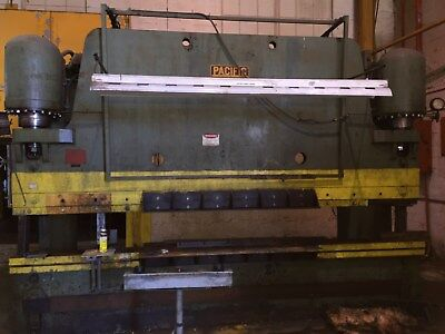 Pacific Hydraulic Press Brake (400 Ton)