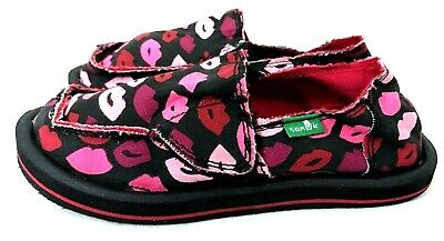 1f5aa84af639c8 New Kids Girls Size 10 Black Pink Red Kiss Teva Donna Lil Icon Loafers  Sandals