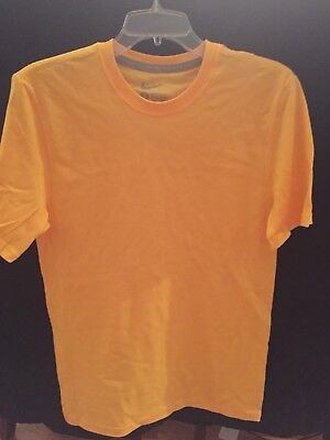 Wholesale Lot of 24 Nike Regular Fit Men's Yellow T-shirts! Great for resale!