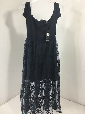Boohoo Boutique Women s Eve Embroidered Ots Midi Skater Dress Navy Uk8 us4  Nwt 780a4b0c4