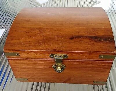 Treasure Chest Jewelry Box coins / paper money / military items