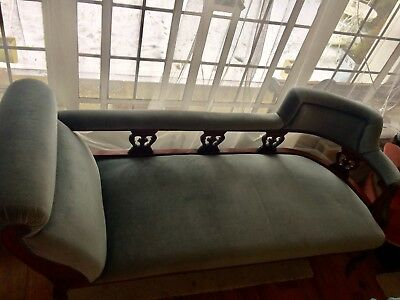 Victorian Double Ended Carved Chaise Longie