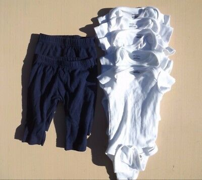 Gerber Baby Infant size 0-3 Months Unisex 5 white Onesies & 2 navy pants set