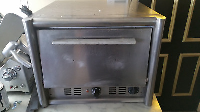 BAKERS PRIDE P22 Countertop Electric Pizza Oven - Double Shelf Oven