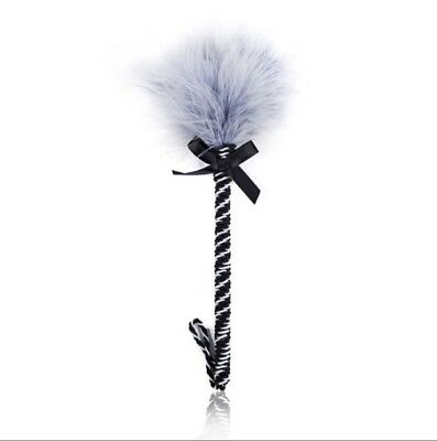 Federkitzler Tickler im Fifty Shades of Grey Look Feather grau schwarz