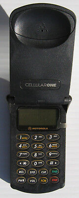 Motorola StarTAC SWF3398M Cell Phone with case no charger As Is