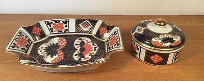 Shimabari Japanese Imariware Hand-Painted and Gilded Dressing Table Set