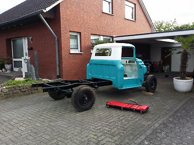 Chevrolet 1955er Chevrolet Apache 3100 Pick Up teilrestauriert